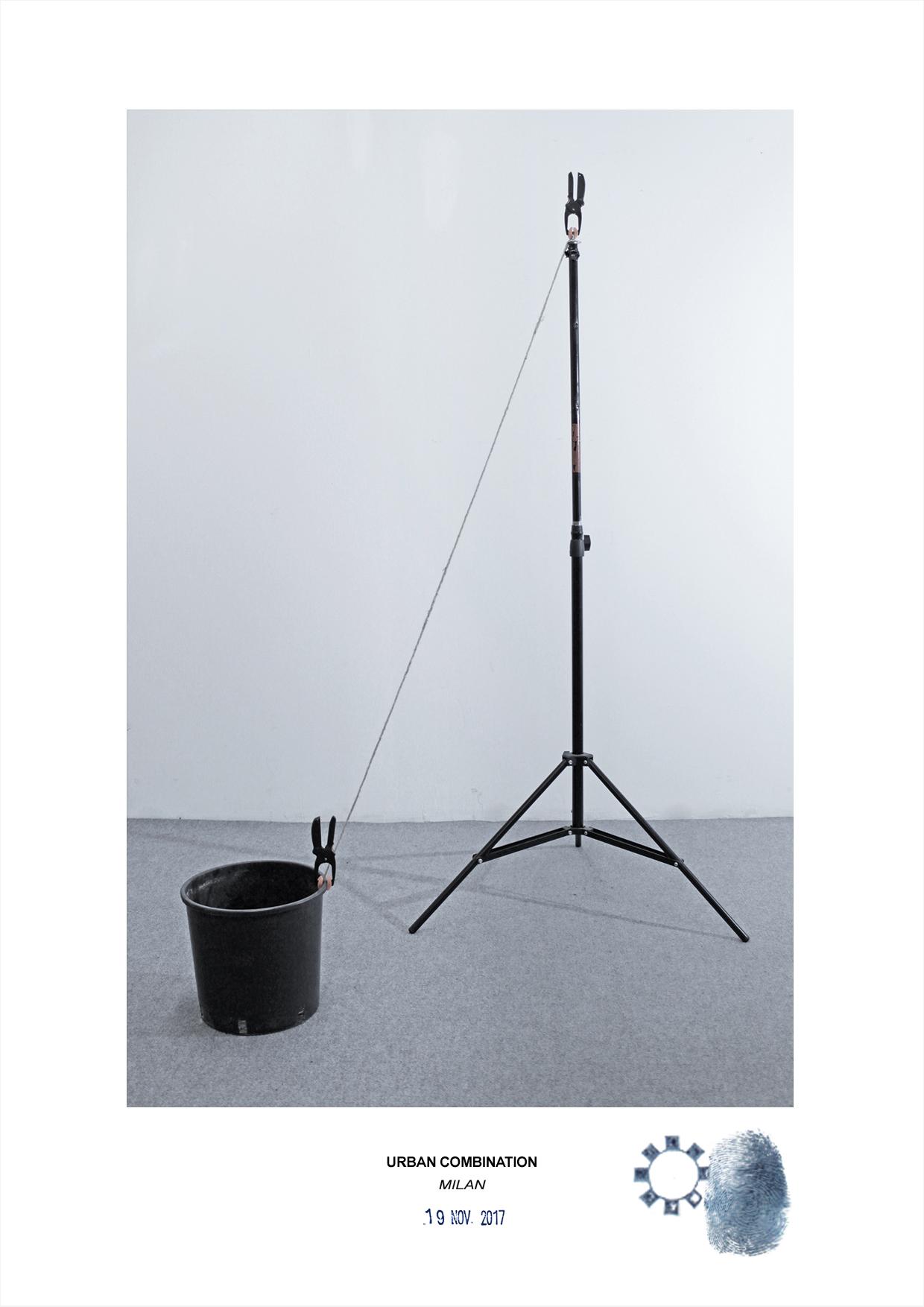 Arte contemporanea dell'artista Maurizio Di Feo. Combinazione in studio con secchio nero. Milano.